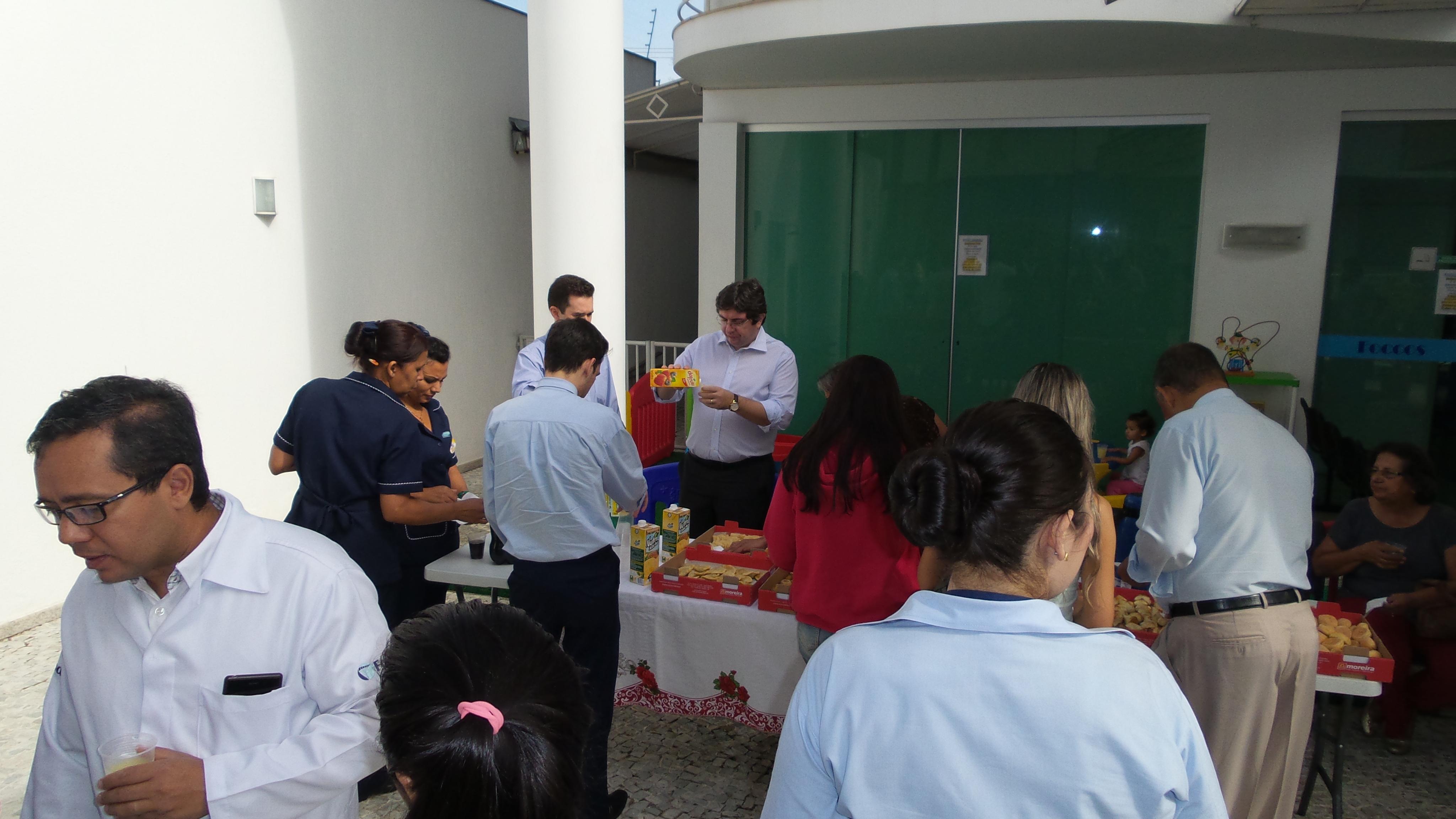 Café Da Manhã Com Bruno Peixoto